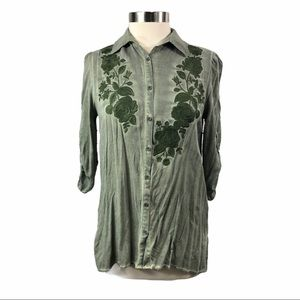 Andree by Unit button up rayon floral thread work